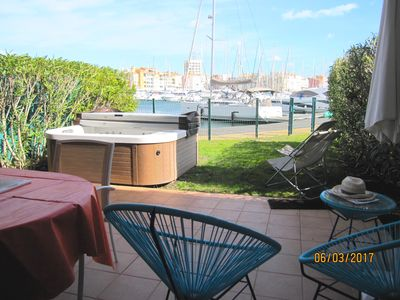 Photo for Magnificent villa ideally located - Garden - jacuzzi - mooring pontoon