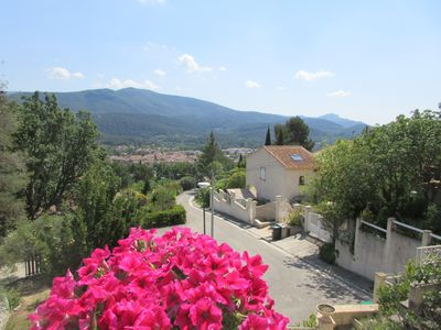 Photo for HIGH OF VILLA IN PROVENCE (4 to 5 people)