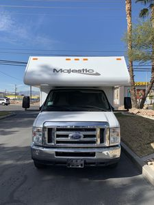 FORD 2014 28FT CLASS C RV SLEEPS 8 DRIVES LIKE A CAR NICK NAME(LILLY)