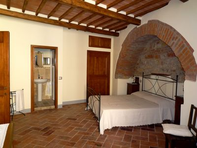Photo for Apartment in Tuscan style in the historic center