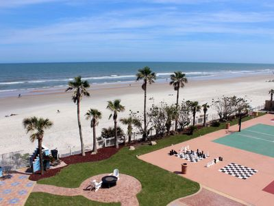 Photo for Seabreeze Apartment, Sleeps 4 with Pool and WiFi