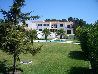 Photo for Family Vacation House with private pool, 500 m from the beach
