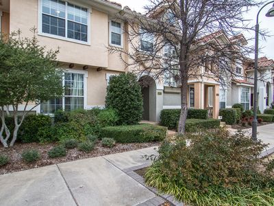 Photo for Beautiful 4 Bedroom Home Located Minutes from DFW Airport & Local Entertainment