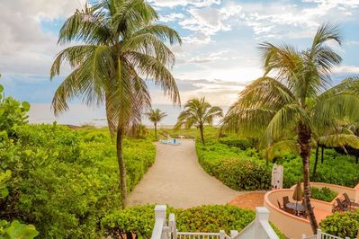 Captiva Paradise is a gorgeous beachfront home with an array of amenities for the whole family.