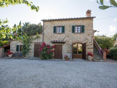 Photo for Little house in authentic Tuscany
