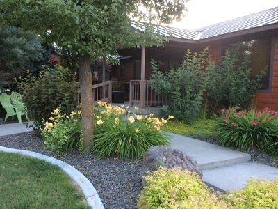 Photo for The Keeper Of The Valley-Baker City's Quality Rural Destination-4 Brdm/sleeps 12