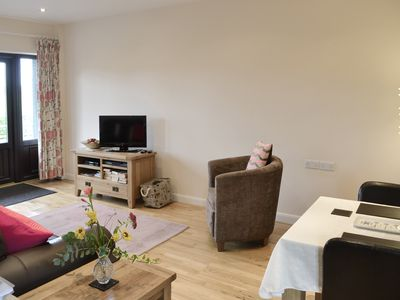 Photo for 1 bedroom accommodation in Banwell, near Weston-super-Mare