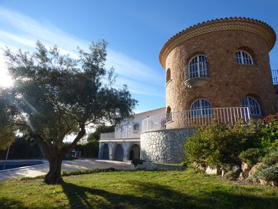 Photo for Beautiful villa with garden and fantastic sea view