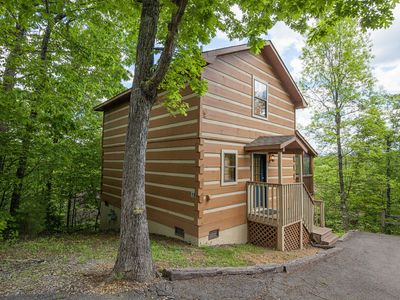 Photo for ER18 - Cozy Bear Inn | Great location - Close to town!