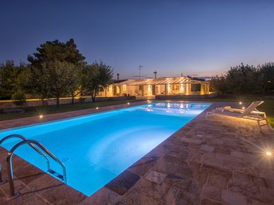 Photo for Private Villa with internet, A/C, private pool, TV, patio, panoramic view, close to Brindisi
