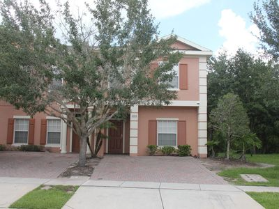 Photo for Gated 5Br/3Ba villa, 6 miles to Disney, free WiFi/Cable TV -- Coral Cay Resort