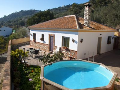 Photo for Beautiful villa with swimming pool near Comares.
