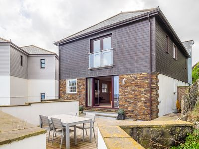 Photo for Large holiday home enjoying outstanding sea views