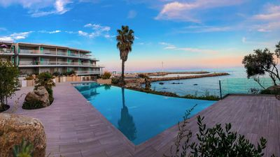 Photo for Luxury apartment with stunning sea views