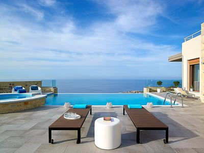 Photo for This 4-bedroom villa for up to 9 guests is located in Agia Pelagia (Heraklion) and has a private swi