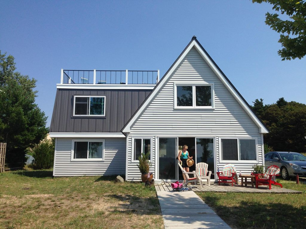 Cozy Lake Michigan Cottage Right On The Bea Homeaway