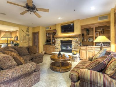 Photo for High-end 3-Bedroom Condo, Ski-In/Ski-Out, 2 Balconies, Private Washer & Dryer