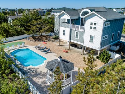 Photo for Galaxsea | 290 ft from the Beach | Private Pool