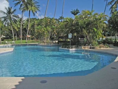 The adult swimming pool at Glitter Bay