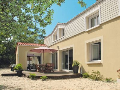 Photo for Vacation home Les Conches  in Longeville, Vendee - 6 persons, 3 bedrooms