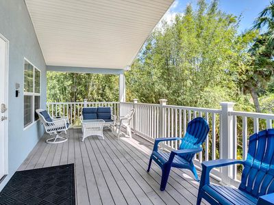 4BR/2BA Airy Duplex & Heated Pool - Surrounded by America's Best Beaches