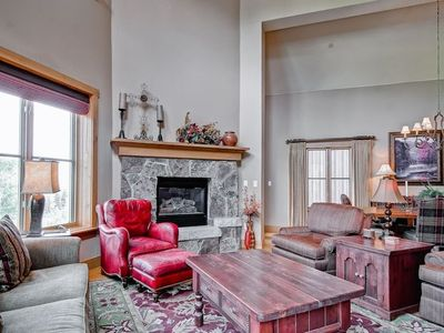 Photo for Elegant mountain home with heated pool & hot tub access