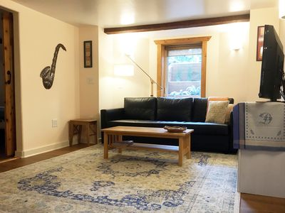 Photo for SE Portland 1 Bedroom Close to Woodstock Neighborhood and  Reed College