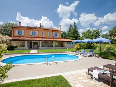 Photo for Holiday house Labin for 10 - 12 persons with 5 bedrooms - Holiday house