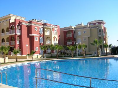 Photo for 2-bedroom apartment in quiet location,  5 mins walk from all amenities