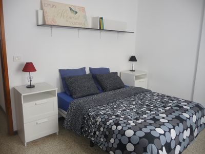 Photo for Apartment at the foot of the beach, Puerto Naos