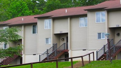 Photo for Massanutten's Mountainside Villas - 2 BR - SUNDAY Check-In