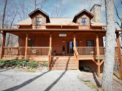 Photo for Luxury & Rustic On Sal Mountain, Just Minutes To Downtown Helen  - Free Wifi!