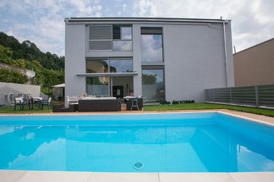 Noranco Moderna with garden and private pool