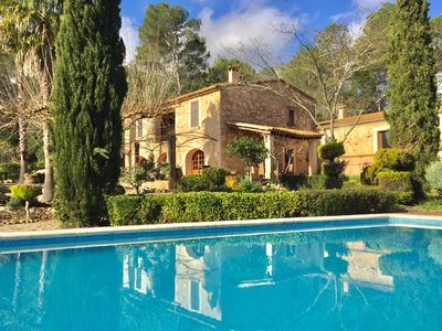 Photo for Country house with large pool, beautiful surroundings and privacy