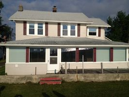 Photo for 4BR House Vacation Rental in Luna Pier, Michigan