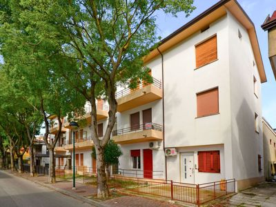 Photo for Apartment Roulette (LIG110) in Lignano Pineta - 3 persons, 1 bedrooms