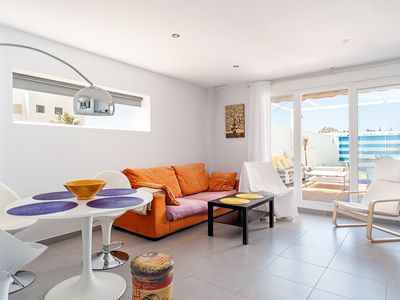 Photo for *Only for families* Modern House Close to Historic Centre with Wi-Fi, Patio & Garden