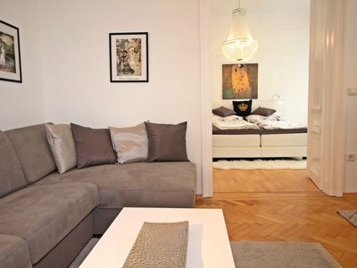 Photo for Apartment King´s Apartment in Wien/7.distrikt - 4 persons, 1 bedrooms