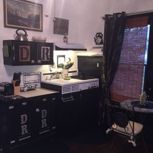 Photo for SMOKE-FREE DPLX APT IN HISTORICAL HOME in Pasadena Gardens Historical District
