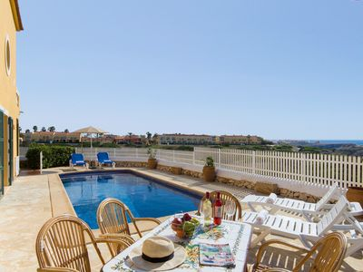 Photo for Beautiful Villa by the Sea with Wi-Fi and Pool; Parking available
