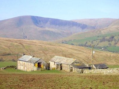Photo for WRAY GREEN, pet friendly, with open fire in Ravenstonedale, Ref 2888