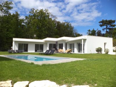 Photo for Luxury house with heated swimming pool near the beaches of La Palmyre