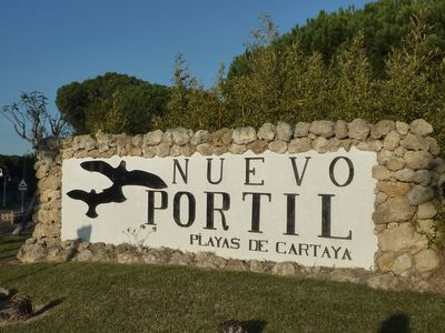The entrance to the Nuevo Portil estate