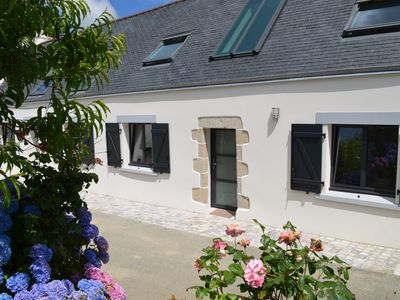 Photo for Beautiful newly renovated farmhouse, comfortable in the center of the Bay of Audierne