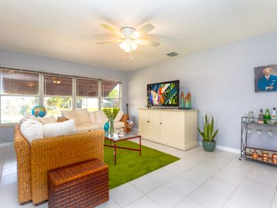 Photo for IMMACULATELY KEPT 2/1 IN MID-CENTURY VILLA IN FT LAUDERDALE/WILTON MANORS