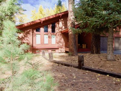 Photo for NEW LISTING! Spacious home w/fireplace, deck & grill - walk downtown, dogs OK