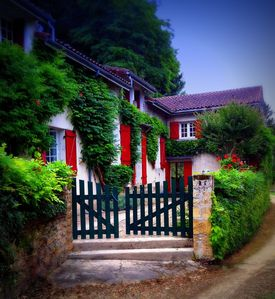 Photo for Dordogne riverfront house and garden