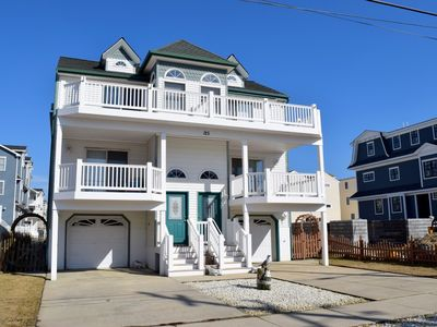 Photo for 3 decks, garage, and off street parking. Walking distance to stores and restaurants. Close to beach and promenade.