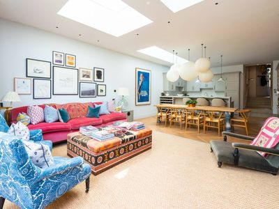 Photo for Stunning, Tasteful 4 Bed House in Fulham