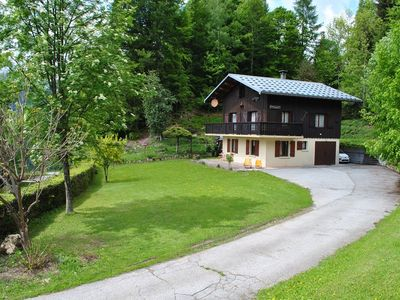 Photo for Spacious chalet 10 people / 180 m² with large garden